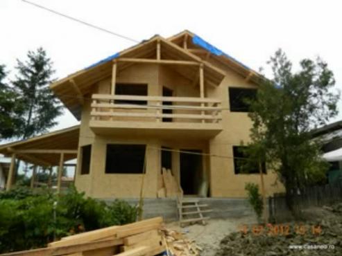 Prezentare constructie casa din lemn Surani Prahova CASANEO