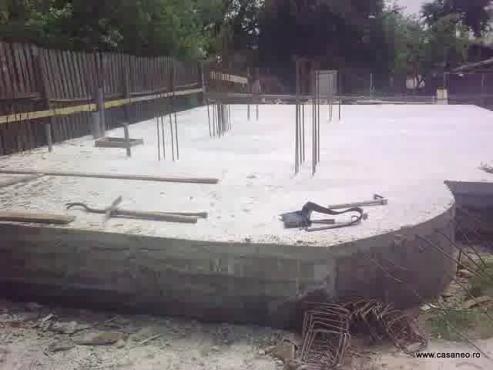 Cum s-a construit casa combinata de la Campina CASANEO