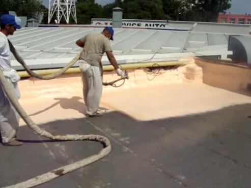 Aplicare spuma poliuretanica acoperis - exemplul 4 BASF