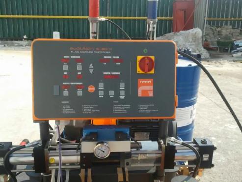 Termo-Hidroizolatie acoperis hala 3500mp BASF